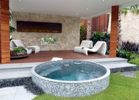 Extraordinary Small Pool Design Ideas For Small Backyard 15