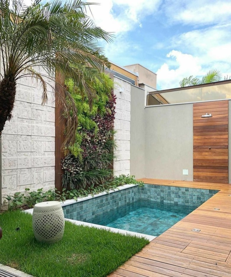Extraordinary Small Pool Design Ideas For Small Backyard 48