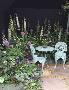 Fascinating Cottage Garden Ideas To Create Cozy Private Spot 02