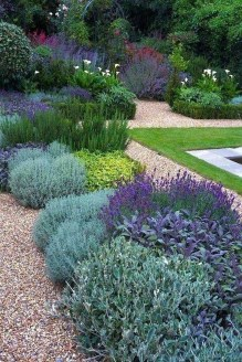 Fascinating Cottage Garden Ideas To Create Cozy Private Spot 50