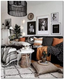 Gorgeous Bohemian Farmhouse Decorating Ideas For Your Living Room 37