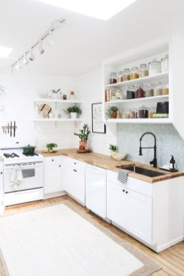 Gorgeous Small Kitchen Design Ideas For Your Small Home 09
