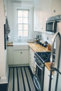 Gorgeous Small Kitchen Design Ideas For Your Small Home 20