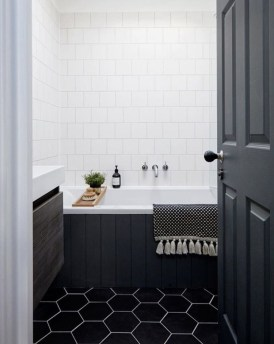 Impressive Black Floor Tiles Design Ideas For Modern Bathroom 08
