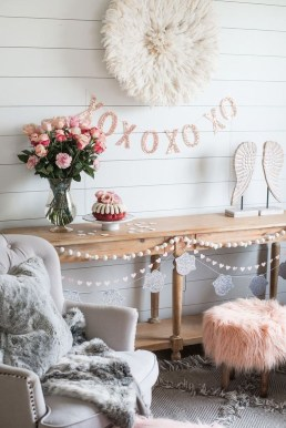 Lovely Valentines Day Home Decor To Win Over The Hearts 07