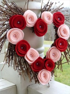 Lovely Valentines Day Home Decor To Win Over The Hearts 27