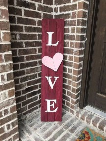 Lovely Valentines Day Home Decor To Win Over The Hearts 47