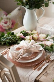 Magnificent Dining Room Decorating Ideas For Valentine's Day 16