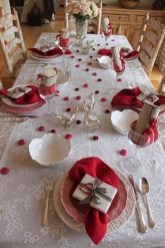 Magnificent Dining Room Decorating Ideas For Valentine's Day 44