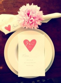 Most Inspiring Valentine's Day Simple Table Decoration Ideas 20