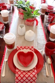 Most Inspiring Valentine's Day Simple Table Decoration Ideas 30