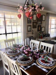 Most Inspiring Valentine's Day Simple Table Decoration Ideas 46