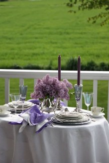 Perfect Valentine's Day Romantic Dining Table Decor Ideas For Two People 05