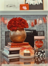 Romantic Valentine Decoration Ideas For Your Living Room 28