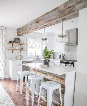 Rustic Farmhouse Kitchen Ideas To Get Traditional Accent 07