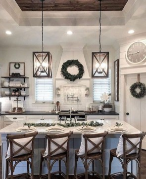 Rustic Farmhouse Kitchen Ideas To Get Traditional Accent 25