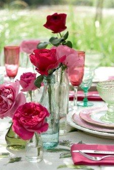 Unordinary Valentine Outdoor Decorations Table Settings For Couple 02