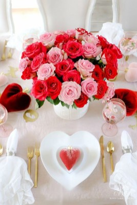 Unordinary Valentine Outdoor Decorations Table Settings For Couple 10