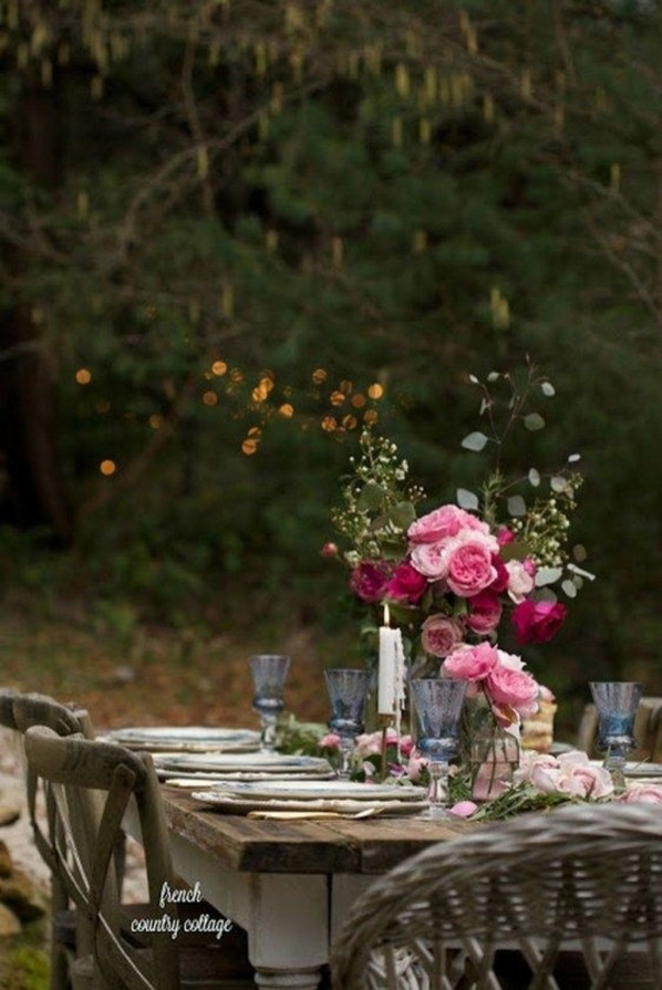 Unordinary Valentine Outdoor Decorations Table Settings For Couple 35