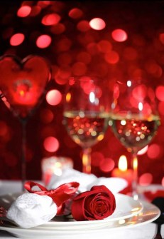 Unordinary Valentine Outdoor Decorations Table Settings For Couple 43