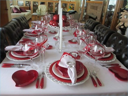 Unordinary Valentine Outdoor Decorations Table Settings For Couple 46