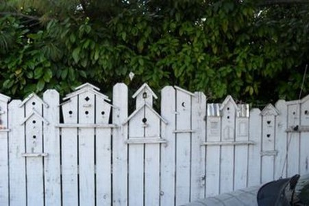 Awesome Farmhouse Garden Fence For Winter To Spring 24