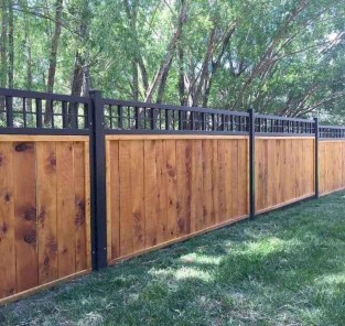 Awesome Farmhouse Garden Fence For Winter To Spring 29