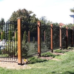 Awesome Farmhouse Garden Fence For Winter To Spring 31