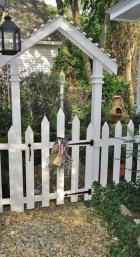 Awesome Farmhouse Garden Fence For Winter To Spring 32
