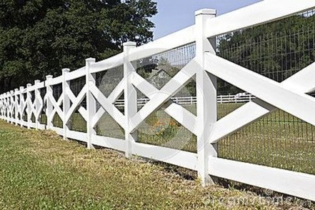 Awesome Farmhouse Garden Fence For Winter To Spring 36