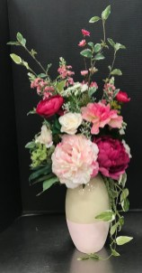 Best Spring Flower Arrangements Centerpieces Decoration Ideas 14