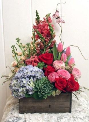 Best Spring Flower Arrangements Centerpieces Decoration Ideas 34