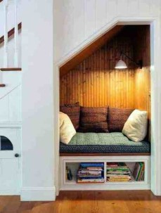 Comfy Window Seat Ideas For A Cozy Home 03