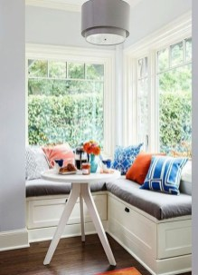 Comfy Window Seat Ideas For A Cozy Home 04