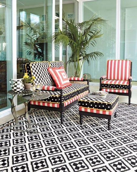 Cute Spring Porch Pillow Decoration Ideas That Will Inspire You 03
