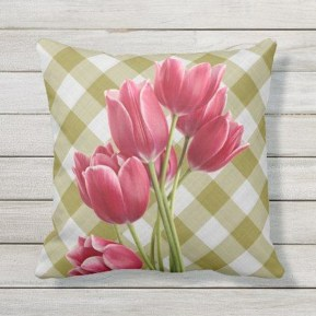 Cute Spring Porch Pillow Decoration Ideas That Will Inspire You 28