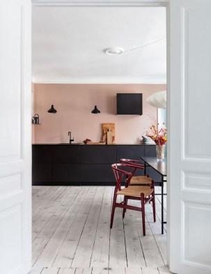 Delicate Black Kitchen Interior Design Ideas For Kitchen To Have Asap 33