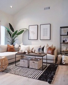 Easy And Simple Shelves Decoration Ideas For Living Room Storage 02