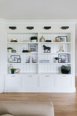 Easy And Simple Shelves Decoration Ideas For Living Room Storage 06