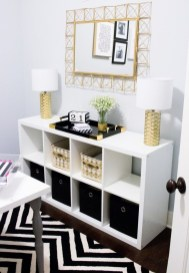 Easy And Simple Shelves Decoration Ideas For Living Room Storage 13