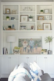 Easy And Simple Shelves Decoration Ideas For Living Room Storage 14