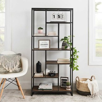 Easy And Simple Shelves Decoration Ideas For Living Room Storage 15