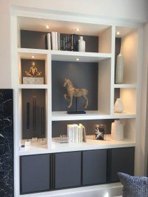 Easy And Simple Shelves Decoration Ideas For Living Room Storage 30