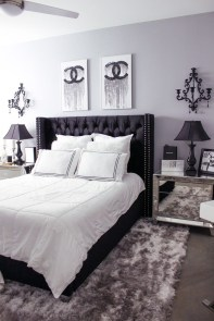 Fabulous White Bedroom Design In The Small Apartment 03