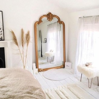 Fabulous White Bedroom Design In The Small Apartment 34