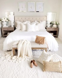 Fabulous White Bedroom Design In The Small Apartment 38