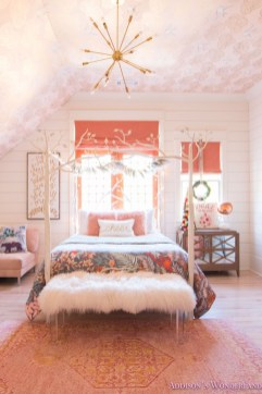 Fabulous White Bedroom Design In The Small Apartment 44