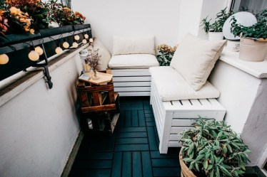 Fascinating Small Balcony Ideas With Relax Seating Area 03