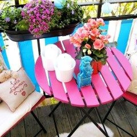 Fascinating Small Balcony Ideas With Relax Seating Area 12
