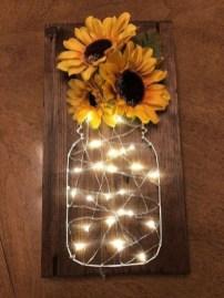 Pretty DIY Fairy Light Ideas For Minimalist Bedroom Decoration 20